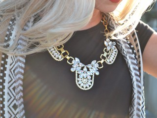 GoldNecklace23