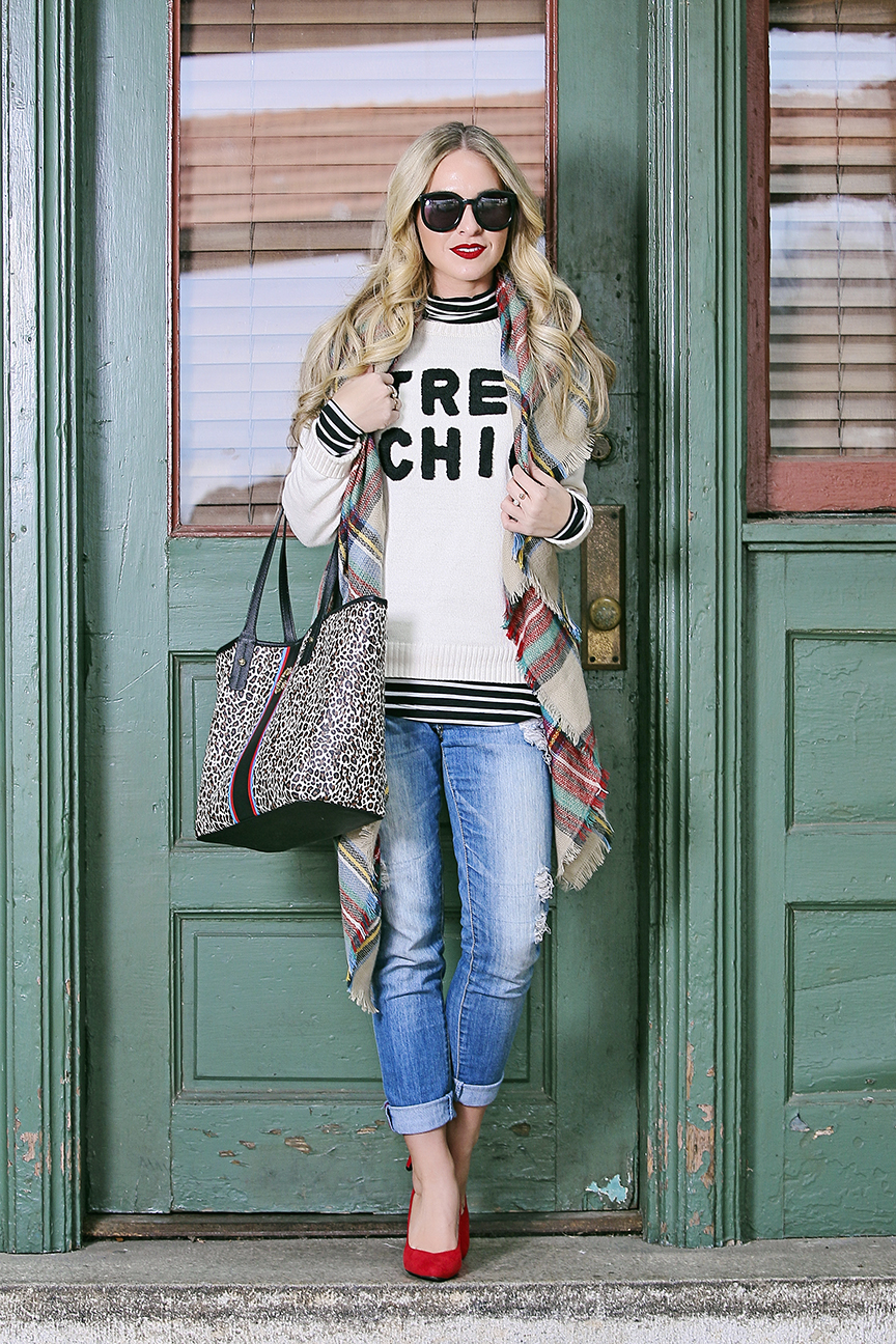 tres chic sweater