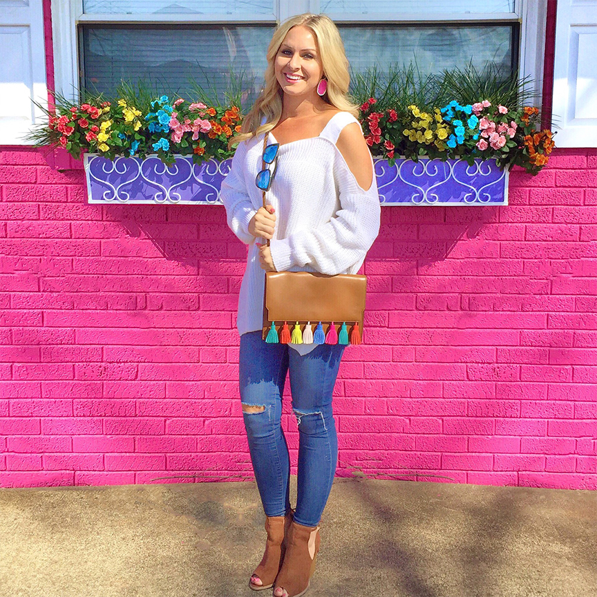 distressed denim, kendra scott earrings, rebecca minkoff sofia clutch