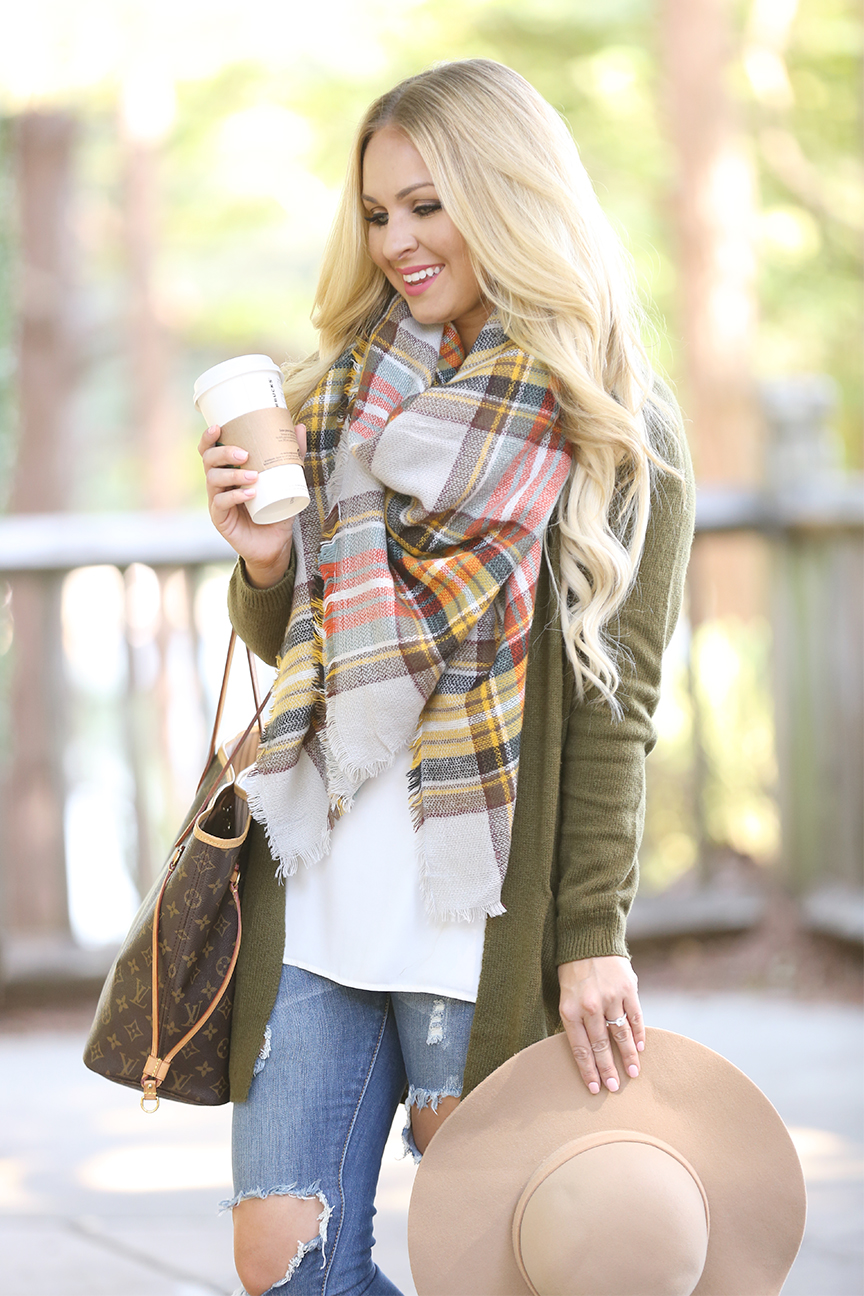 blanket-scarf-and-olive-cardigan-4