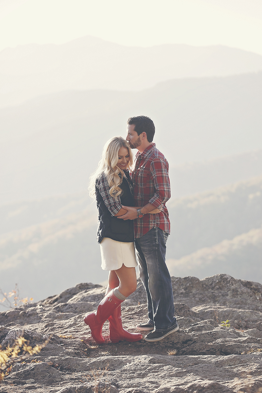 blowing-rock-boone-engagement-photos-18