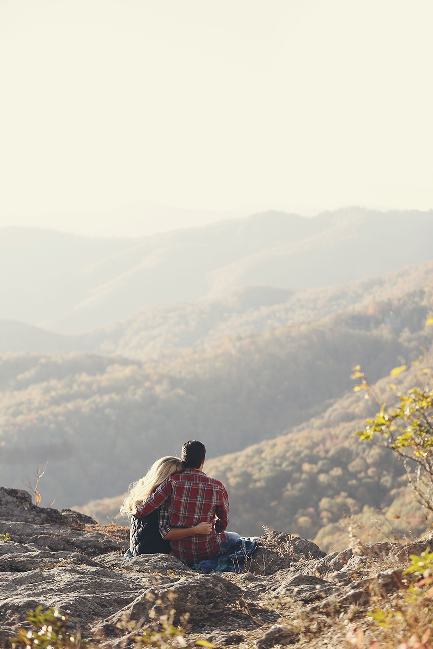 blowing-rock-boone-engagement-photos-7